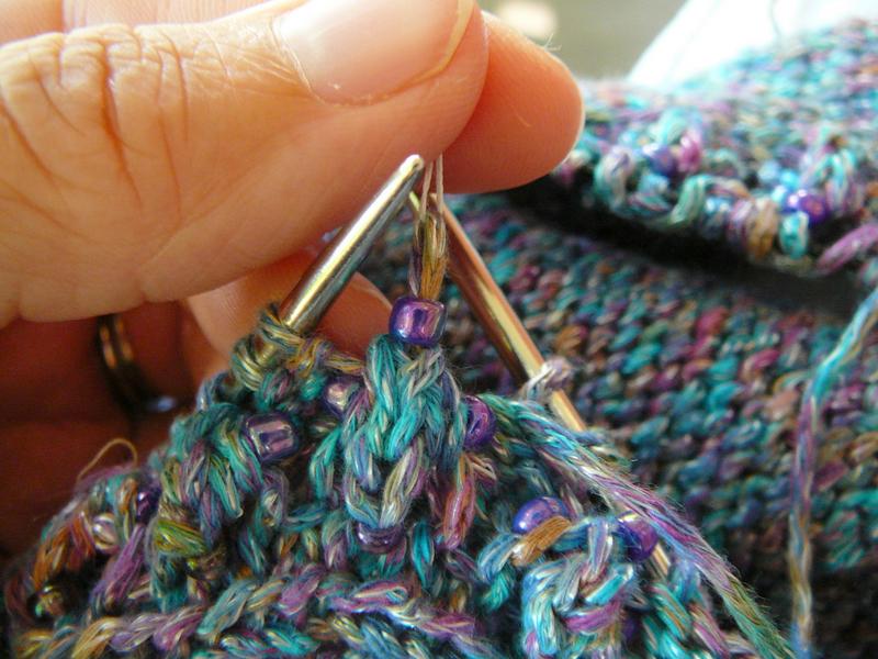 10_pull_bead_onto_stitch
