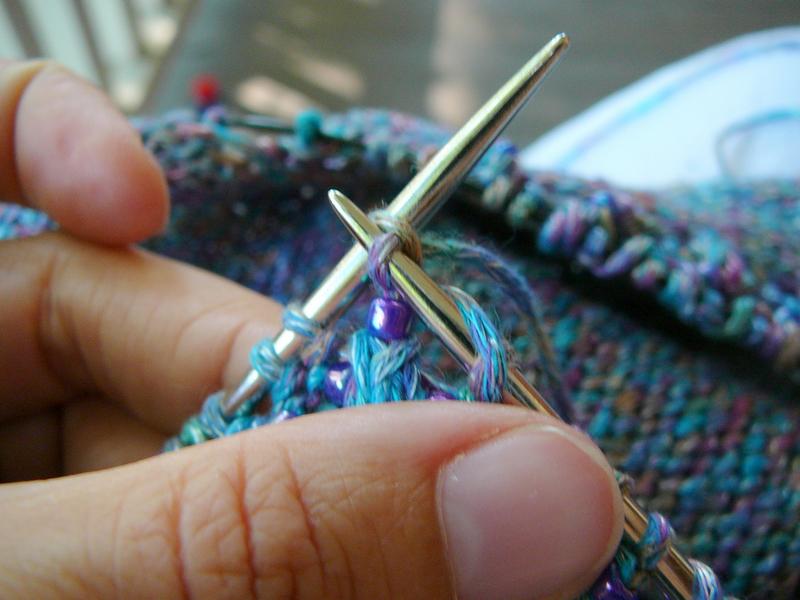 13_pull_yarn_through_stitch