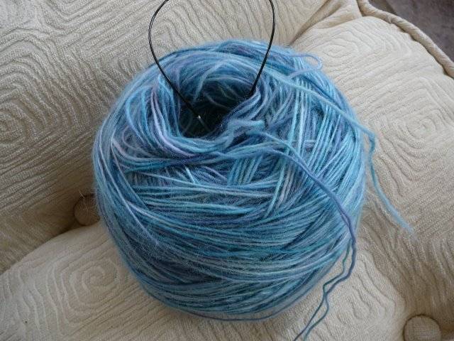 Waterway_yarn_to_swatch