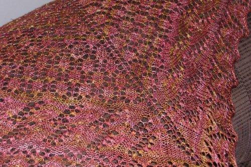 Lace_shawl_closeup_1