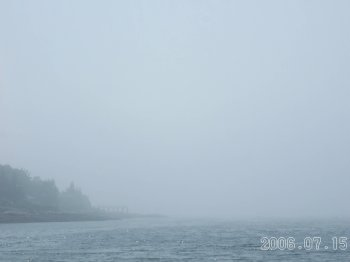 Pemaquid_beach_in_fog7